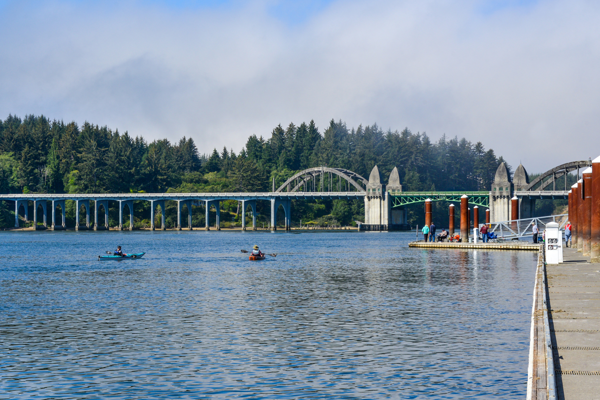 Kayaking-the-Siuslaw-River-in-Florence